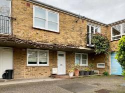 1-bedroom-house-shot-term-to-rend-England-Greater-London--10112